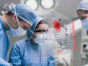 Telechirurgia con guanti Control VR e Google Glass