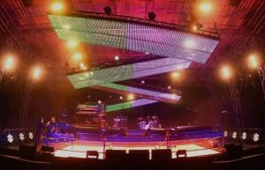 Schermi semoventi sul palco