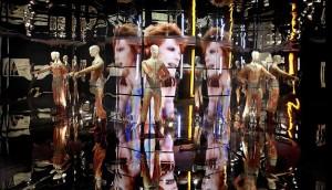 David Bowie costume e specchi