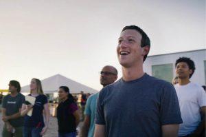 Mark Zuckerberg sulla pista di volo