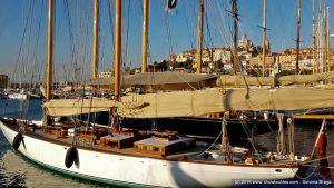 Vista yacht classici banchina Imperia