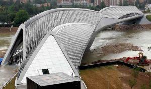 Pabellón Puente Zaha Hadid