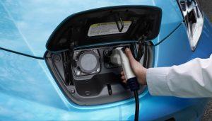 Nissan Leaf ricarica elettrica