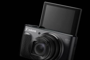 Canon SX730 HS display selfie