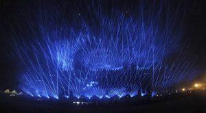Fasci di luce durante Modena Park 2017