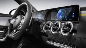 Mercedes-Benz User Experience su Mercedes A