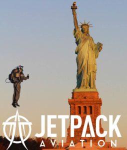 David Mayman in volo intorno alla Statua della Libertà