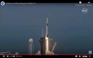 Momento del lancio razzo Falcon 9