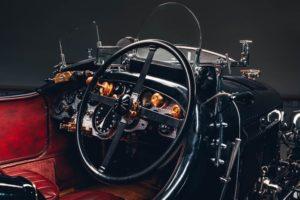 Bentley Blower Car zero volante e cruscotto