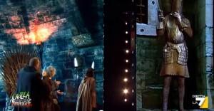 Dettaglio luci su palco di Crozza nel Paese delle Meraviglie