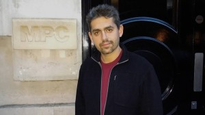Gianluca Dentici di fronte MPC Londra