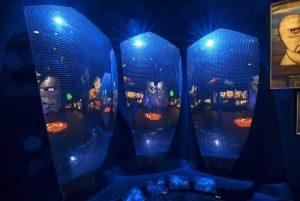 Specchi semisferici mostra Pink Floyd V&A Museum
