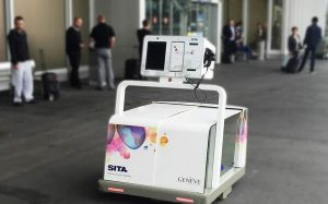SITA Lab robot desk per aeroporto