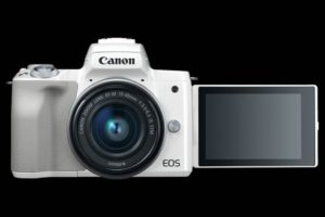Canon EOS M50 con LCD aperto