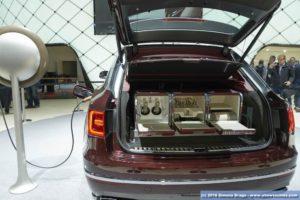 Bentley bagagliaio con kit picnic BENTAYGA MULLINER