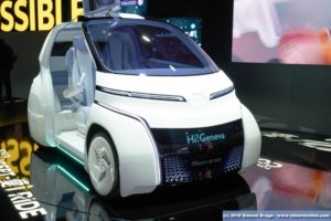 Toyota i-Ride parte frontale