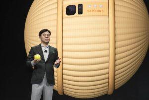 Ballie con Hyun-Suk Kim CEO Samsung Electronics