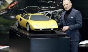 Mitja Borkert con Lamborghini Countach