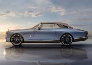 Blu oceano con riflessi cristallo tinta carrozzeria Boat Tail Rolls-Royce